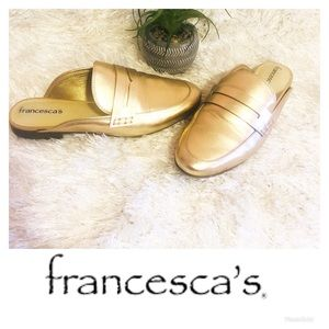 5/$25 Francesca's Collections Rose Gold Mules 🌸